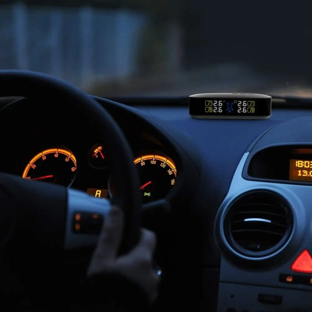 CACAGOO TPMS タイヤ空気圧監視システム 暗くても見やすいLCDモニター