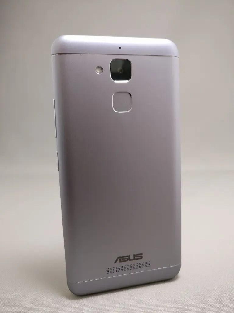 ASUS Zenfone Max 3 裏 3