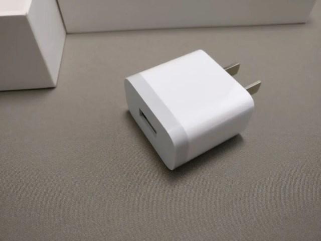 Xiaomi Mi Pad 3  付属品 USBアダプタ