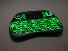 iPazzPort Mini Keyboard バックライト点灯 グリーン