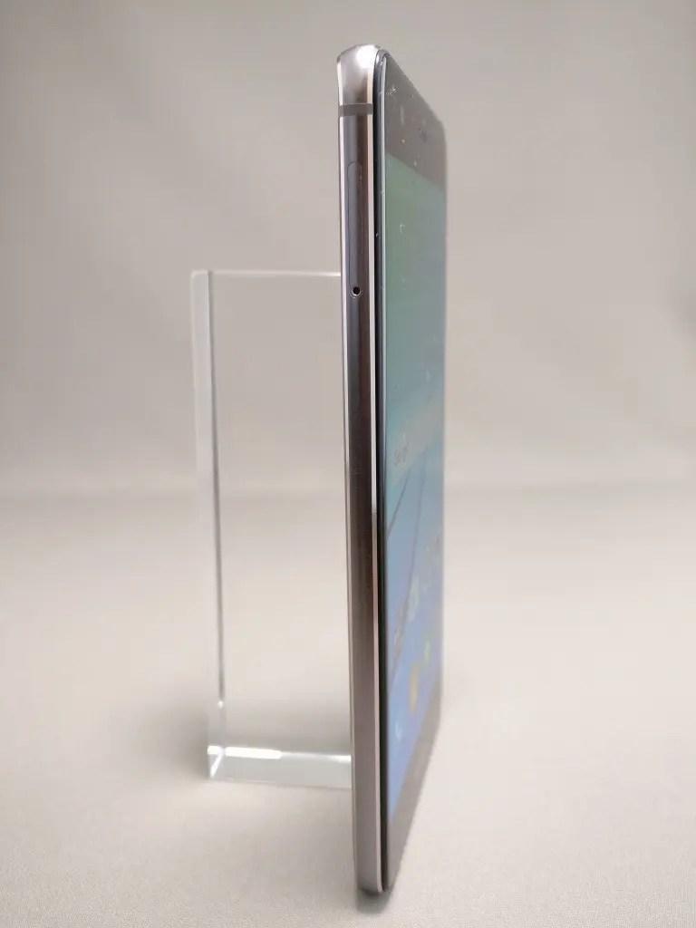 Huawei Nova 表 2