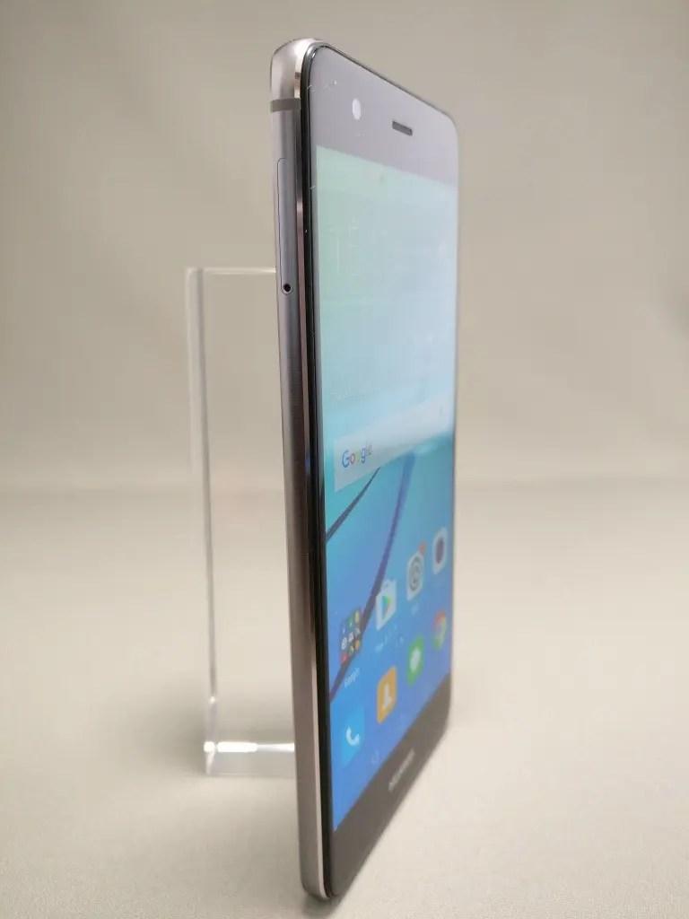 Huawei Nova 表 3