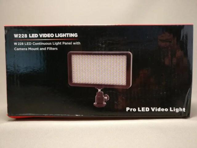 Andoer LEDビデオライト 化粧箱