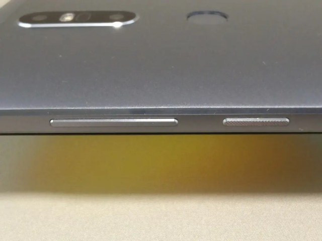 LENOVO Phab 2 Plus ズーム 側面 ボタン