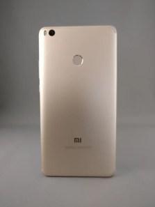 Xiaomi Mi Max 2 裏面 影1