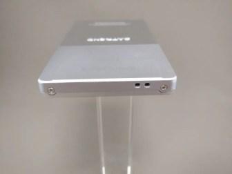 SATREND A10 GSM ミニカードフォン 側面 下