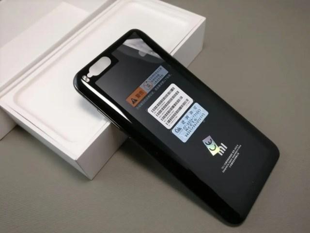 Xiaomi Mi6 開封 裏