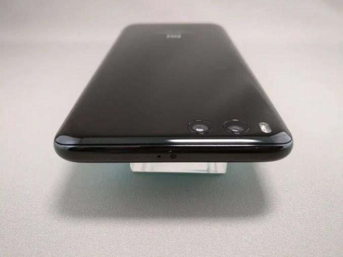 Xiaomi Mi6 側面上