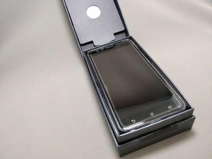 ASUS Zenfone Zoom S 化粧箱 開封