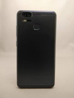 ASUS Zenfone Zoom S 裏面9