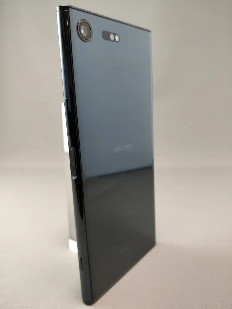 Xperia XZ Premium 裏面6