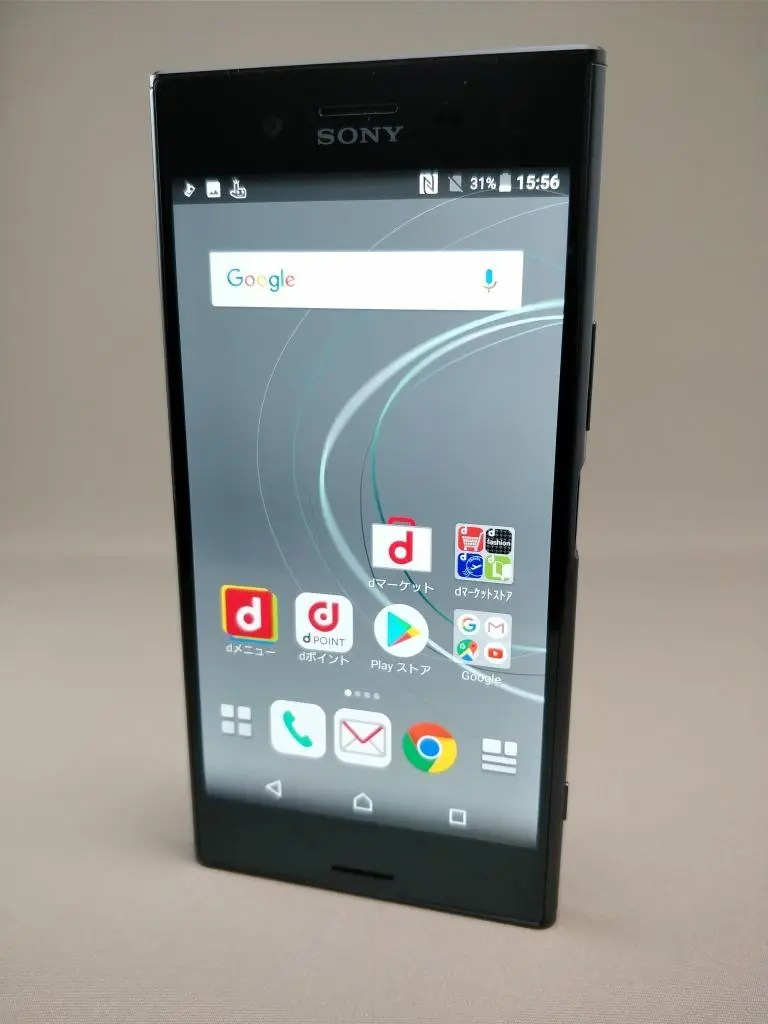 Xperia XZ Premium 表1