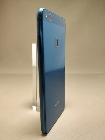 Huawei P10 Lite 裏14