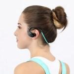 【AUKEY クーポンセール】 Bluetooth ヘッドセット EP-B34 999円! と LEDライト LT-ST21