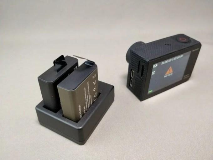 EKEN H8s 4K アクションカメラ 予備バッテリー 充電
