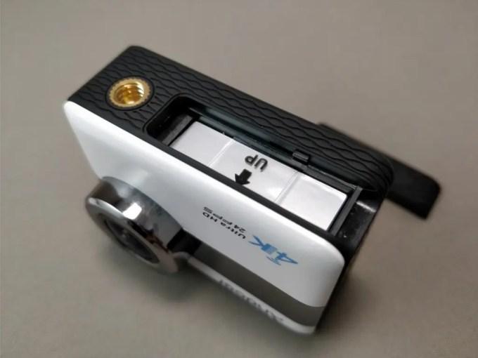 Andoer 4K タッチパネル式 アクションカメラ AN1 本体 バッテリー