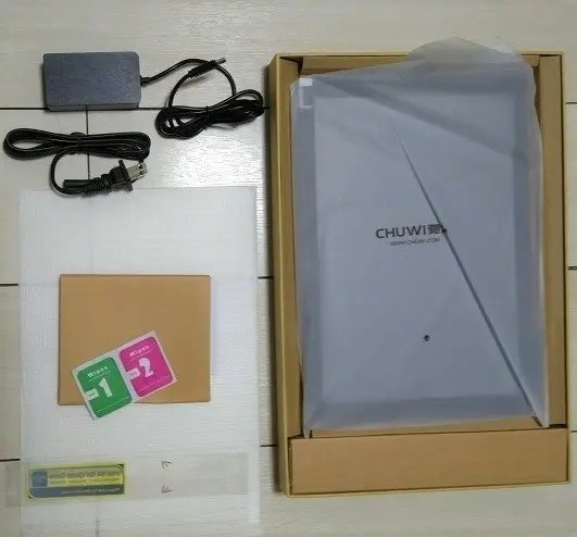 Chuwi SurBook 開封