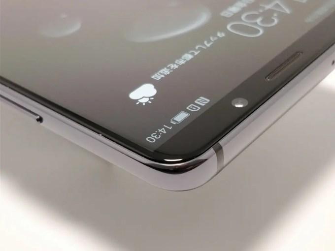 Huawei Mate 10 Pro 側面 角