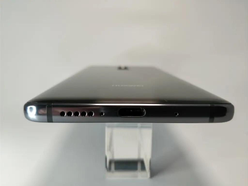 Huawei Mate 10 Pro 側面 下