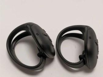 防水ウォークマン NW-WS625 NWZ-WS613と比較 指輪型リモコン 横