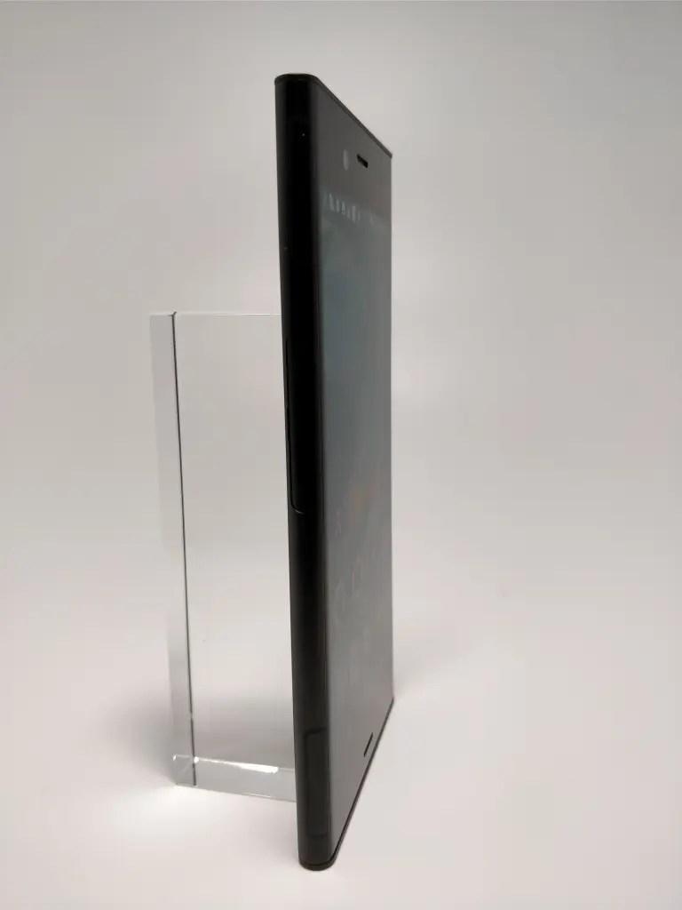 Sony Xperia XZ1 表3