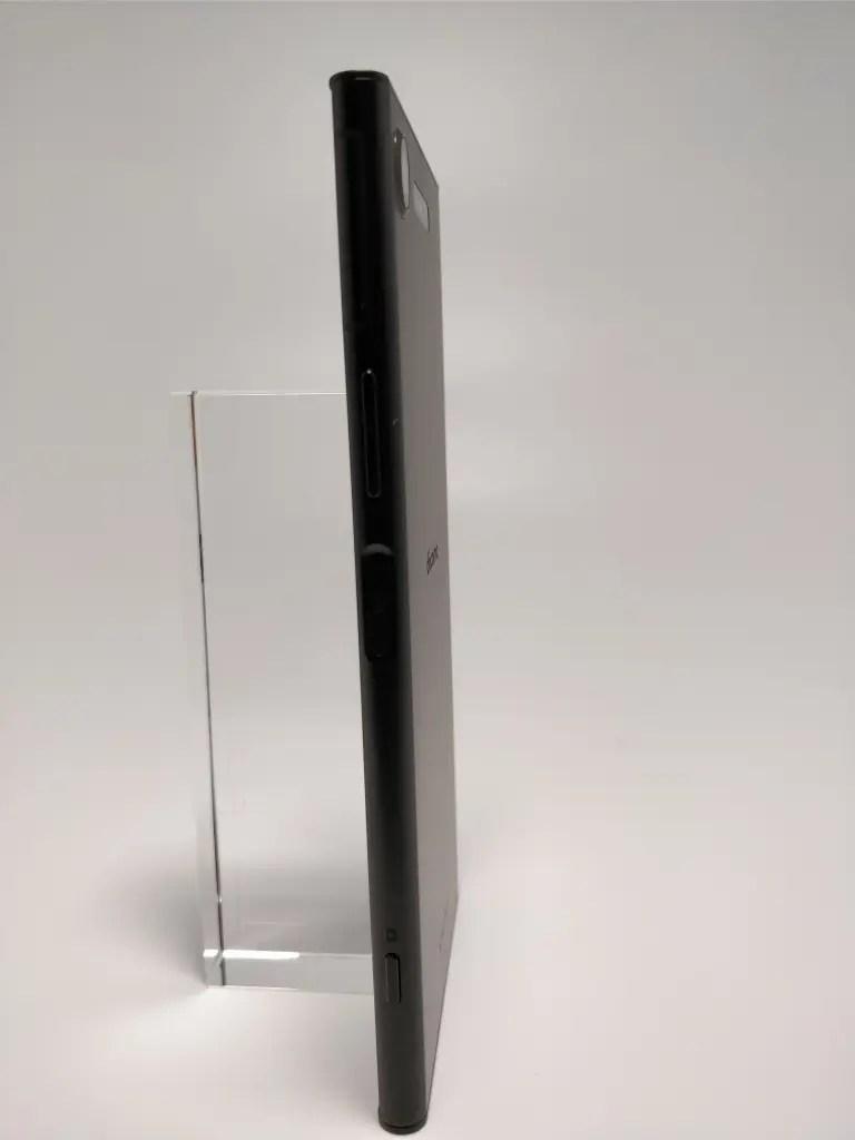 Sony Xperia XZ1 裏面4