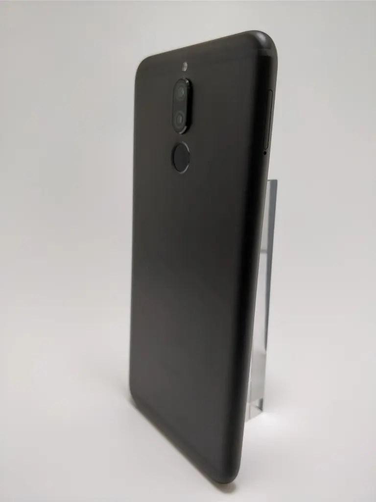 Huawei Mate 10 Lite 裏 3