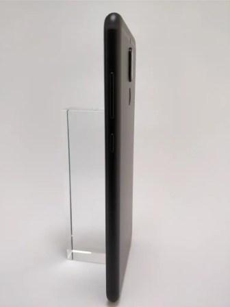 Huawei Mate 10 Lite 裏 13