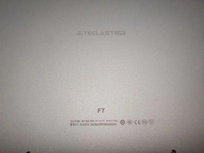 Teclast F7 Notebook 裏ズーム