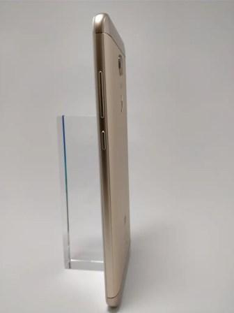 Xiaomi Redmi 5 Plus 裏 23