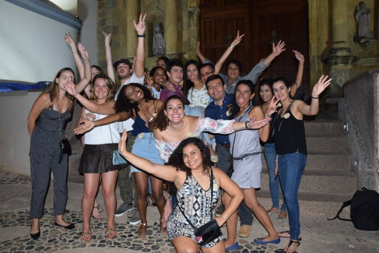 panama bar crawl - group casco viejo