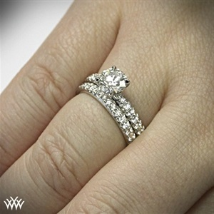 how the ring looks like on your hand
