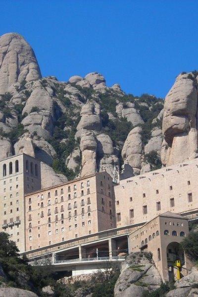 hik-Montserrat (5)