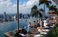Visiting the Infinity Pool at Marina Bay Sands Hotel ...