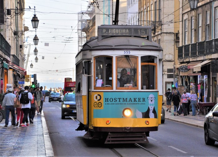 lisbon trolly cars
