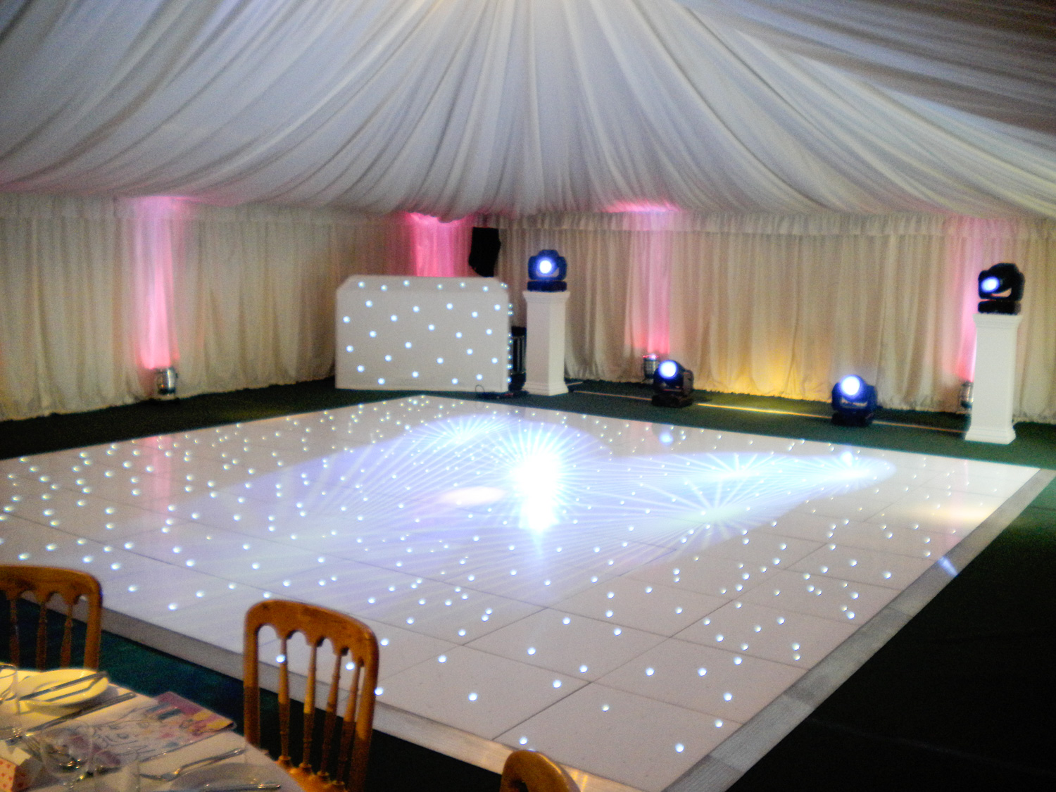 white linen chair covers for sale power lift chairs reviews led dancefloor - beyond expectations weddings & events