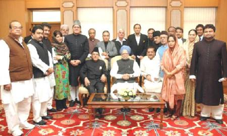 PM Dr Manmohan Singh with the Hajj Goodwill Delegation led by Prof. Saifuddin Soz in New Delhi
