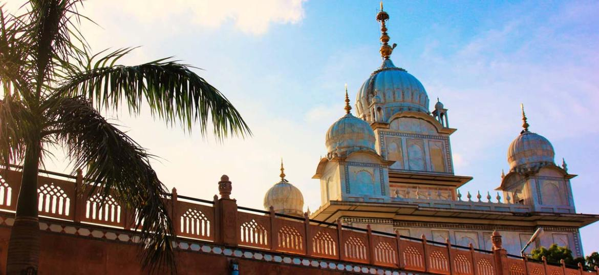 Beautiful Gwalior Fort Gurdwara free accommodation
