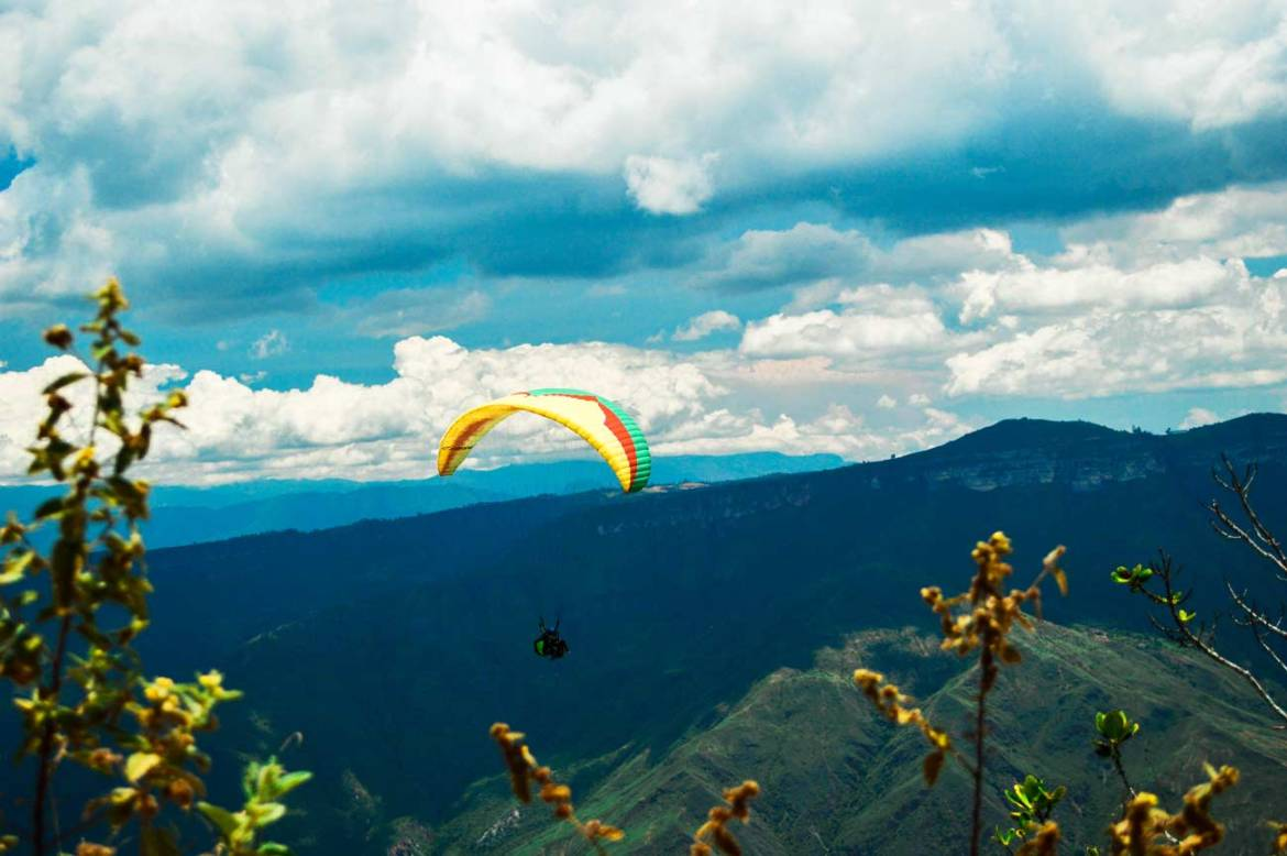 Chicamocha Canyon paragliding