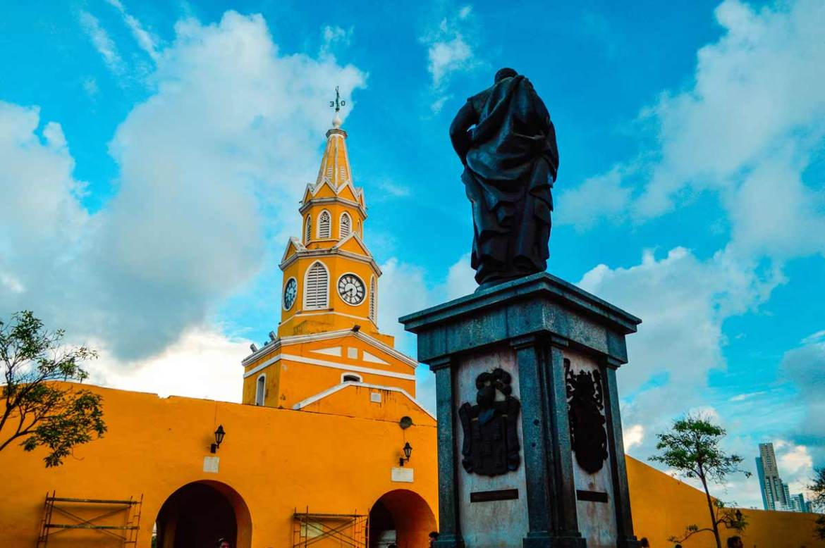 beautiful-colors-of-cartagena-colombia