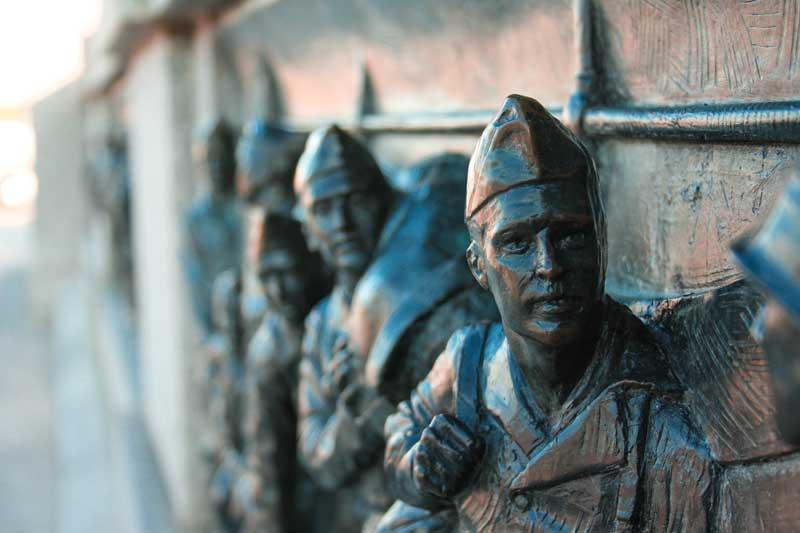 national-world-war-II-memorial-washington-dc-details