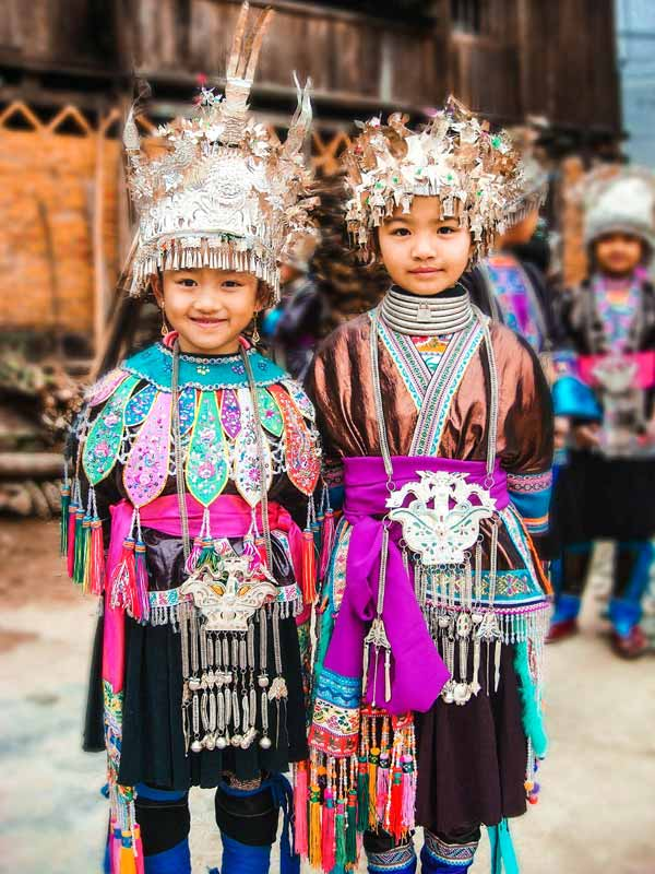 miao-people-in-guizhou-china