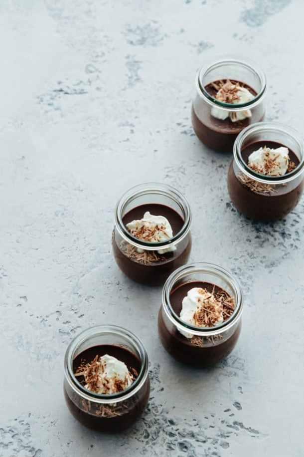 five jars of earl grey chocolate pots de creme