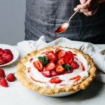 Roasted strawberry cream pie