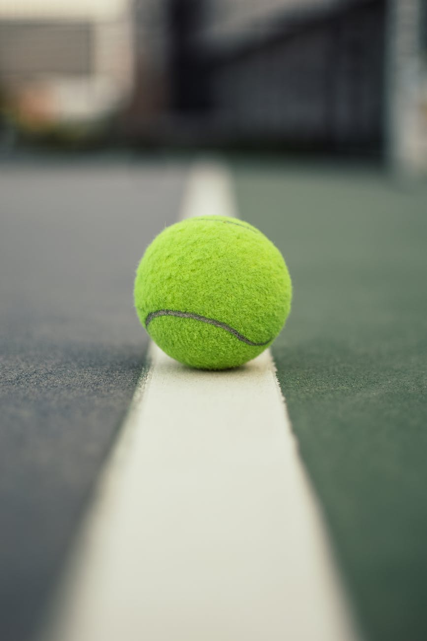 tennis ball on line