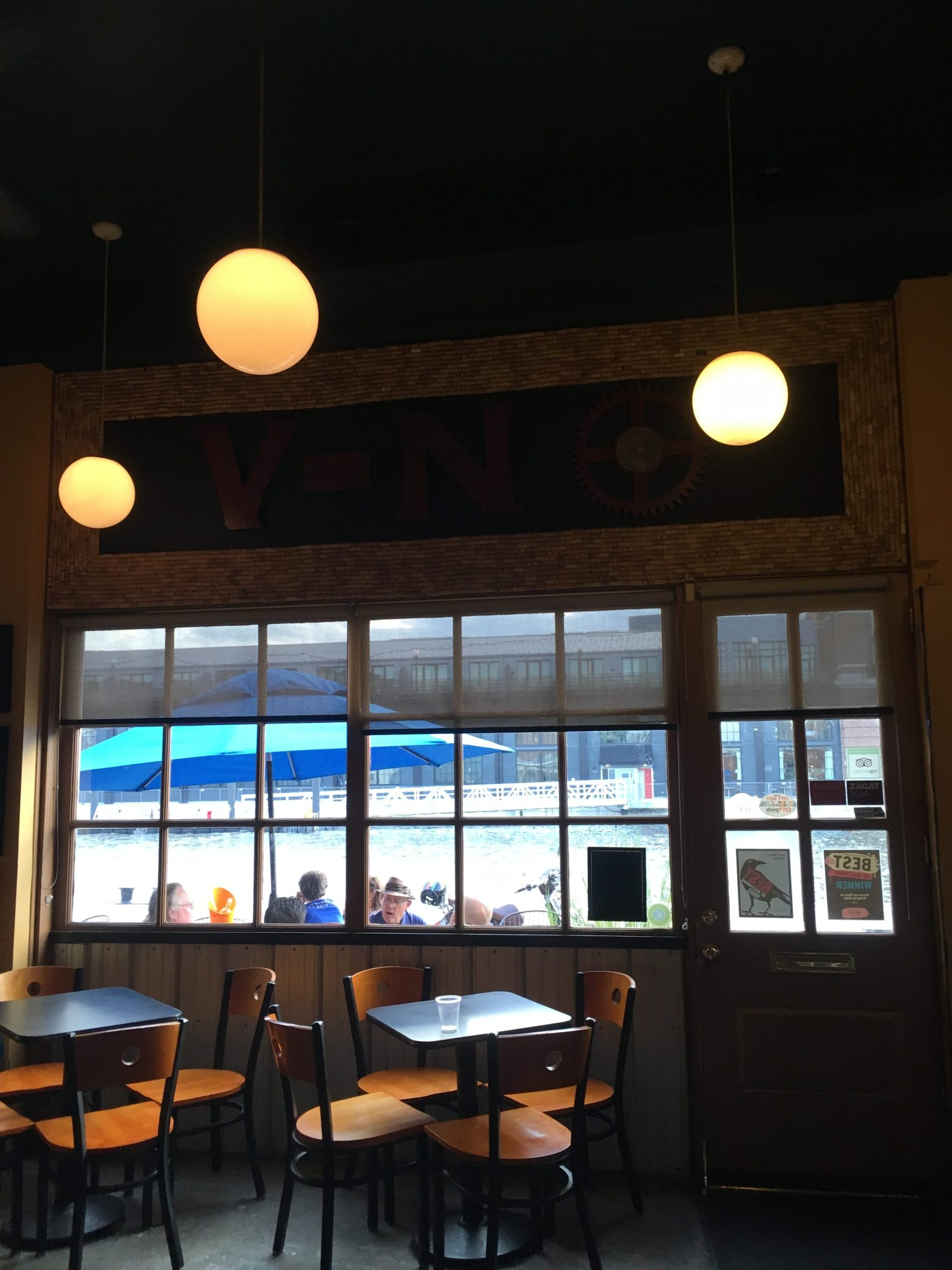 V-NO – Winning Wine bar in Baltimore