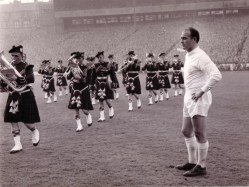 1960 European Cup Final, Di Stefano awaits kick-off