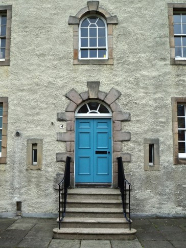 4 Chessel's Court, Canongate.