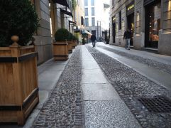 Granite strips and gleaming pebbles