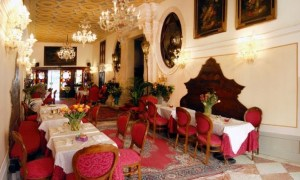 Dot to Dot: Itinerary Venice to Slovenia Hotel Abadessa Inside